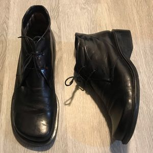Black Leather Enzo Angiolini Size 10 Booties